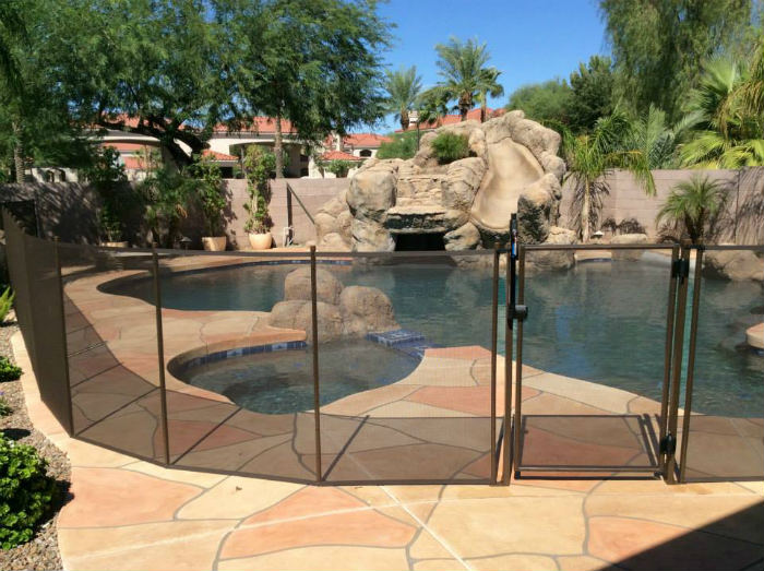 removable fence main_gallerysmall - Removable Pool Fence